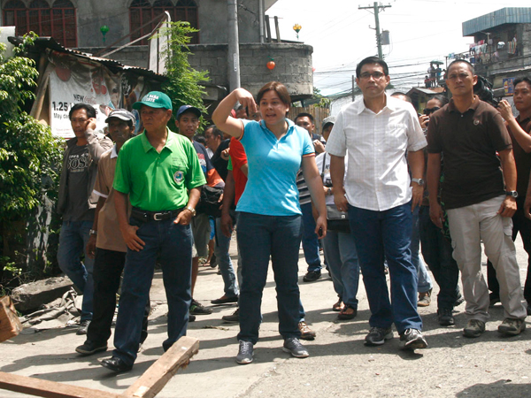 DAVAO CITY (MindaNews/01 July) – Apparently incensed by the refusal of her request to delay the demolition of houses owned by informal settlers in a barangay here, Mayor Sara Duterte hit a court sheriff with a couple of punches in full view of residents and reporters.