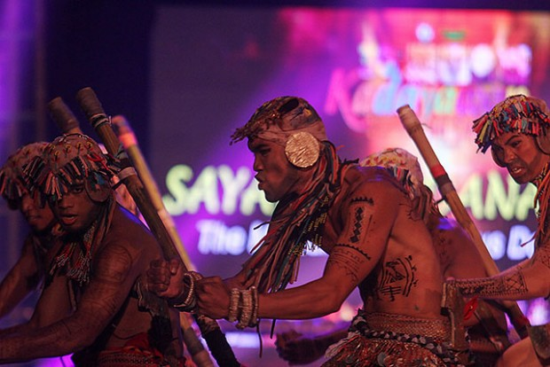 Butuan City's Teatro Kadanao wins the Sayaw Mindanao competition on Wednesday night (19 Aug 2015) in Davao City. The event, which showcased Mindanao indigenous dances, is one of the highlights of the 30th Kadayawan Festival. Mindanews Photo by Keith Bacongco Read more http://www.mindanews.com/photo-of-the-day/2015/08/20/sayaw-mindanao-champs/