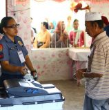 In Maguindanao's special polls, voters prefer cops as BEI members